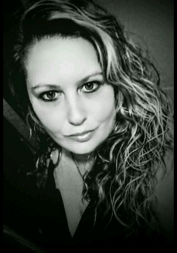Roweena  Black