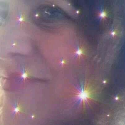 Pensando la vita, metto un sorriso nel mio volto. È come tutti desideri mancati vengono rimessi apposto.